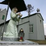20 Braziūkų k. bažnyčia sutelkia bendruomenės narius.