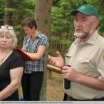 32 Miškininkas Vytas Sinkevičius apdovanotas už istorinės pokario partizanų atminties įamžinimą Drapakampio kaime
